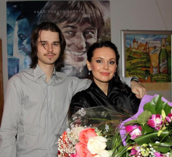 Ирина Безрукова с покойным сыном
