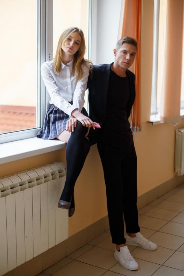 Лола и Паша Школа