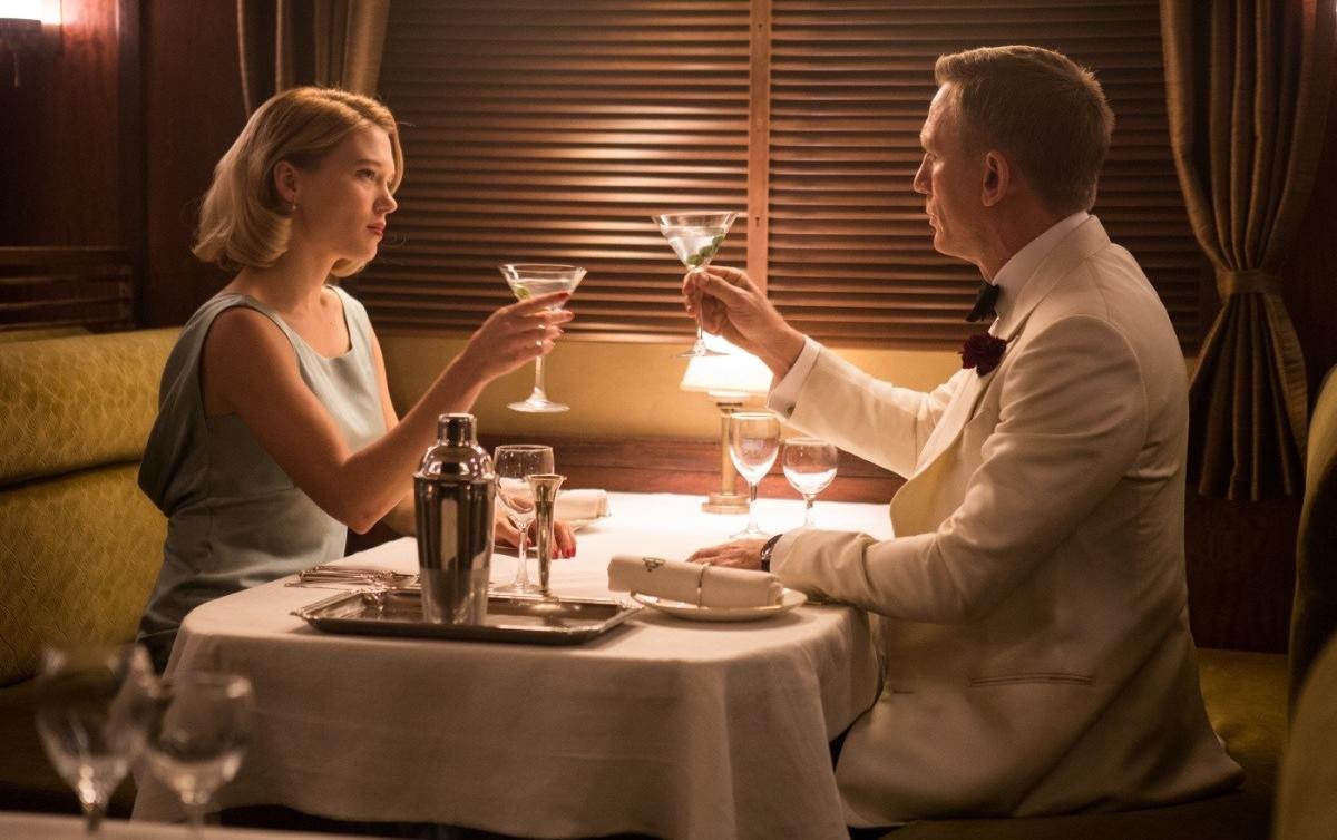 007: Спектр девушка Бонда