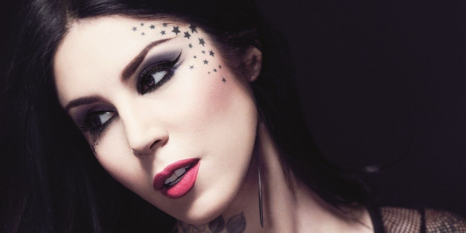Каких косметических брендов нам не хватает в Украине: категория люкс - фото №2