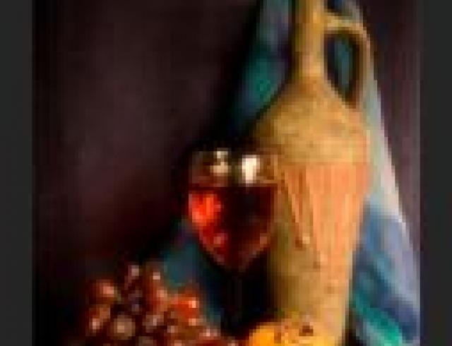 Шипучее вино с тимьяном