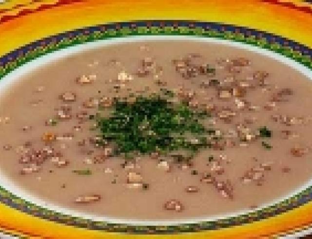 Суп из грецких орехов (блюдо грузинской кухни)