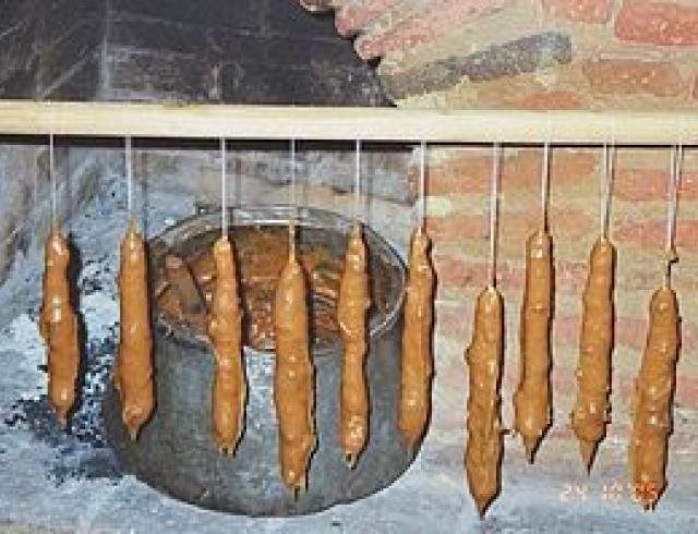 Чурчхела из грецких орехов