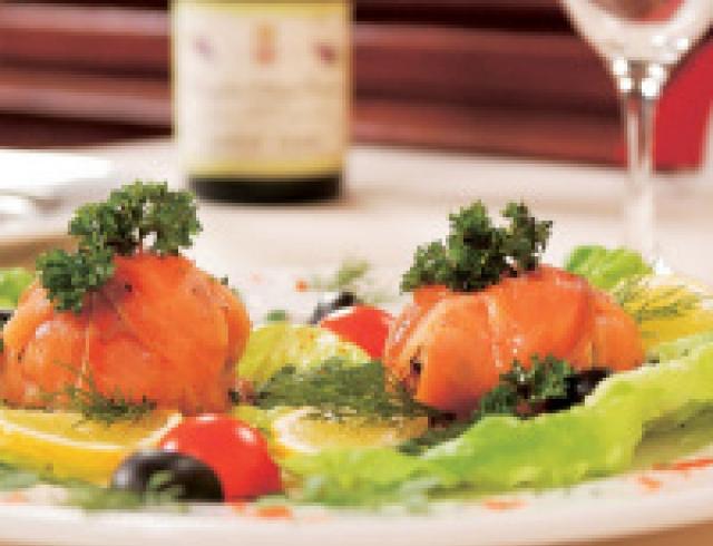 Морской язык в шампанском (банкетное блюдо)