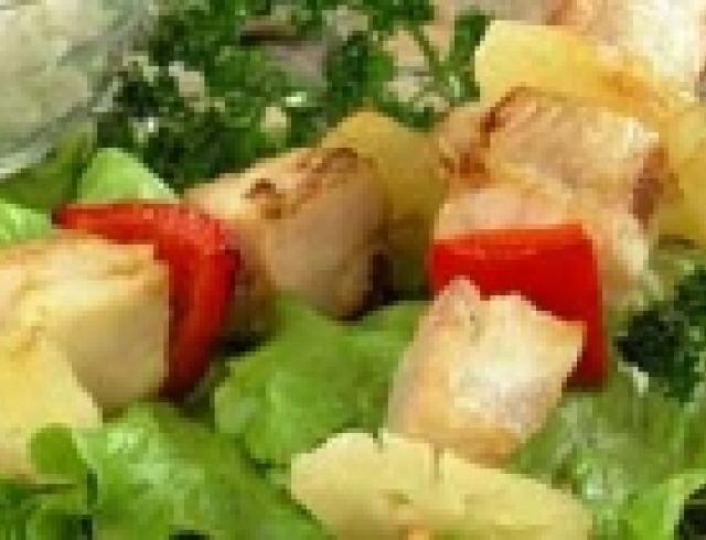 Кебабы из тунца в гриле (блюдо японской кухни)