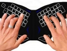 Клавиатуру превратили в бабочку