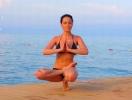 Даша Астафьева дала мастер-класс по йоге. Фото