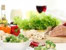 Названы продукты, которые помогают облегчить состояние в жару