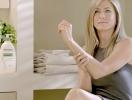 Дженнифер Энистон стала лицом эко-косметики
