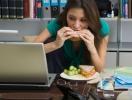 Летний перекус в офисе: чем питаться