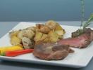 Стейк из говядины с печеным картофелем. Видео-рецепт