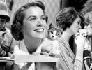 Грациозные дуэты: знаменитые женщины и кошки