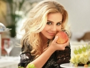 Тина Кароль стала самой популярной в украинском Интернете