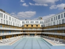 В Париже открыт бассейн, который познакомил мир с бикини