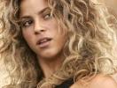Шакира: «Шампанское – взрослым, деньги – детям»