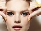 Наталья Водянова представила первую косметическую коллекцию бренда Etam