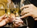 Как правильно пить: бутылка шампанского на Новый год