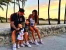 Как отдыхают звезды: Оксана Самойлова и Джиган с детьми отдыхают на берегу Атлантического океана