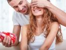 День святого Валентина: каким подарком удивить жену на 14 февраля