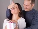 Что подарить жене на 8 марта: идеи подарка для своей второй половинки