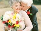 Вместе 63 года – любовь всегда побеждает: внучка сделала красивую фотосессию на годовщину свадьбы бабушки и дедушки