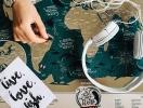 Что подарить мечтателю на Новый год: скретч карты о путешествиях и планах на будущее