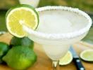 К Международному дню Маргариты: рецепты легендарного коктейля для приготовления дома