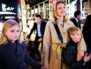 Наталья Водянова с детьми путешествует по Японии (ФОТО)