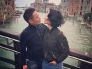Как отдыхают звезды: Даша Астафьева без макияжа и в скромном прикиде прогулялась по Венеции с возлюбленным (ФОТО)