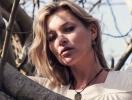 Кейт Мосс обнажилась ради рекламы собственной коллекции украшений (ФОТО)