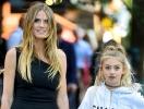 Хайди Клум показала свою модницу-дочь на прогулке в Нью-Йорке (ФОТО)