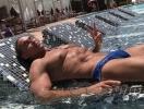 Неожиданно: Сергей Глушко стесняется раздеваться на пляже