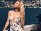 Как новый муж Виктории Бони балует ее дочь: 101 роза для 6-летней Анджелины Смерфит (ВИДЕ)