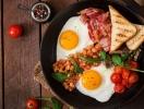 Актуально в новогодние праздники: в Великобритании придумали антипохмельные завтраки