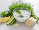 Как сделать любимые соусы полезными: советы диетолога
