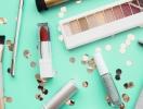 Три способа использования блесток в макияже губ