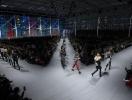 By Louis Vuitton: симбиоз стилей на показе модного дома в Париже