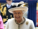 Королевская семья посетила пасхальную службу: королева Елизавета II, Кейт Миддлтон, принцы Уильям и Гарри (ФОТО)