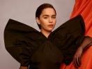 """Звезда """"Игры престолов"""" Эмилия Кларк снялась в яркой фотосессии для испанского Vogue (ФОТО)"""