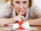 Кто из звезд не может устоять перед сладким? Макс Барских, Андре Тан и MELOVIN о любви к тортикам