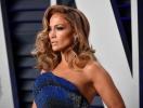 Тогда или сейчас? В Сети обсуждают платье-легенду Дженнифер Лопес, которое она показала на Миланской неделе моды (ФОТО)