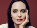 Превратилась в блондинку: Анджелину Джоли не узнать в новом фильме Marvel (ФОТО со съемок)