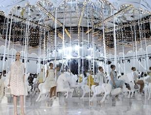 Неделя моды в Париже: показ Louis Vuitton