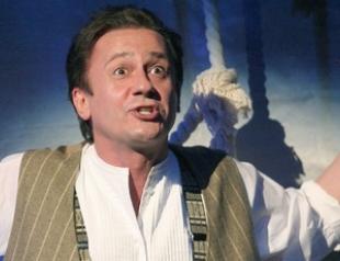 Олег Меньшиков обещает Киеву премьеру