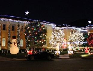 Бритни Спирс украсила дом к Рождеству