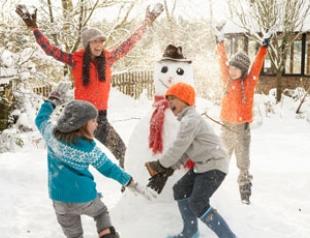 Чем занять ребенка в новогодние каникулы