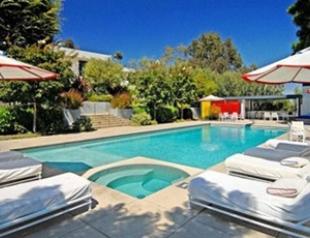 Дженнифер Энистон купила дом за 21 млн. ФОТО