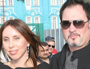 Жена Валерия Меладзе подала на развод