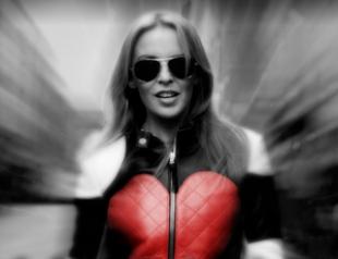 Кайли Миноуг презентовала клип на песню Timebomb. Видео