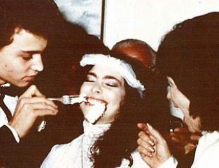 Найдены фото с первой свадьбы Джонни Деппа